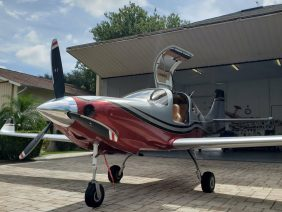 The Fastest Airplane In Its Class! Lancair IV-P